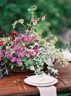 lilac wedding centerpiece inspiration | via: once wed
