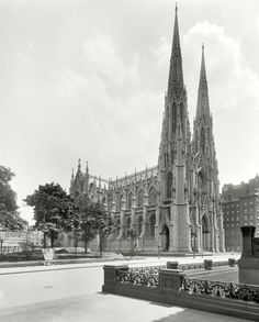St. Patrick's Cathedral Before Everything Was Built Up Around It - New York City c1905 #nyc #ny