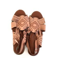Size 8 Vintage HUARCHE Sandals BROWN Leather Flats SUMMER Shoes by VintageCommon on Etsy