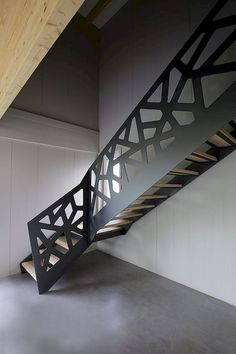 15 Ideas deck stairs railing banisters for 2019 Deck Stair Railing, Stair Railing Design, Stair Handrail, Staircase Railings, Banisters, Stairways, Open Staircase, Staircase Ideas, Patio Stairs