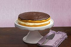 Here's the cream pie that made Boston famous—easy to make, creamy with pudding and topped with a luscious layer of chocolate.