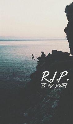 R.I.P. To My Youth || The Neighbourhood