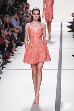 Elie Saab - Ready-to-Wear - Spring-summer 2014 - http://www.flip-zone.net/fashion/ready-to-wear/fashion-houses-42/elie-saab-4204 - ©PixelFormula