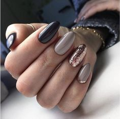 new ideas for manicure gold black nude nails Fancy Nails, Love Nails, Pretty Nails, My Nails, Pedicure, Nail Manicure, Nail Polish, Shellac Nail Art, Fabulous Nails