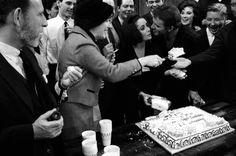 Liz Taylor 1964 | Elizabeth Taylor: Photos From a Legendary Life | LIFE.com