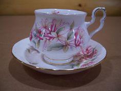 "Royal Albert Bone China England Sonnet Series ""Chaucer"" Tea Cup & Saucer  #RoyalAlbert"