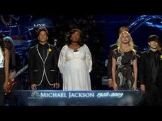 "Jennifer Hudson performs "" Will You Be There "" at the Michael Jackson me..."
