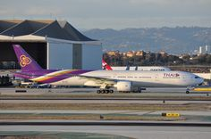 THAI has been alternating between and for service to LAX. The long twin is back for the winter schedule. Thai Airways, Airplane Photography, Air Space, Boeing 777, International Airport, Planes, Schedule, Vehicle, Twin