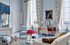 Mark Gillette Refreshes a 300-year-old English Manor - The Glam Pad