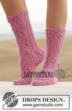 Ажурные носки спицами Think Pink  от Дропс