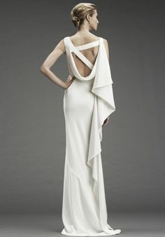 Minimal And Elegant Wedding Dresses