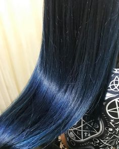 TSUYOKIさんはInstagramを利用しています:「manic panic✨  blue  #manicpanic #blue #navy #purple #haircut #haircolor #hairstyle #hairarrange #マニパニ #ショッキングブルー」