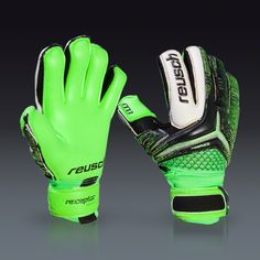 """I SO WANT THESE. Reusch is probably my favorite brand, I bought some of their gloves last fall and they are still in """"working"""" order *a few tears* I tried a Adidas pair and ended up not catching a single ball when I used them. Defiantly sticking to Reusch unless I can find a better brand."""