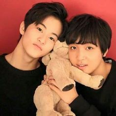 Read ♡Reencuentro♡ from the story OneShot-MarkHyuck by LeeMinkyChan (Grisy~♡) with 266 reads. Nct 127 Members, Nct Dream Members, Mark Lee, Nct Album, Sm Rookies, Nct Life, Entertainment, Wattpad, Handsome Boys
