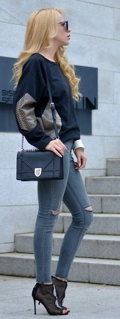 #spring #summer #fashionistas #outfitideas |Sweat + Skinnies |Loving- Evelyn                                                                             Source