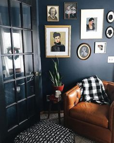 Dramatic contrast via Home Living Room, Blue Rooms, House Rooms, Home Decor, Gray Interior, House Interior, Dark Interiors, Home Interior Design, Interior Design