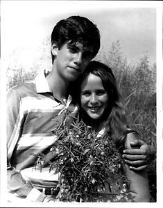 """Press photo of Robby Benson and Glynnis O'Connor in """"Ode to Billy Joe"""" (1976)"""