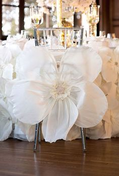 Lady Gaga and Taylor Kinney: The wierd and wonderful wedding ideas - Room decoration | CHWV