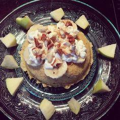 Un Petit déjeuner sain et rapide ?  #Healthy Bowlcake prêt en 2min ! 160cal (recette dans l'ebook)  C'est délicieux. Aujourd'hui sa sera petit training Crossfit ce matin et ce tantôt c'est le temps qui décidera pour nous.. Belle journée…
