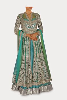 Elegant Indian Clothing & Wedding Outfits: Trendy Indian Wedding Dresses Online With Traditio...