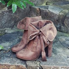 Sweet Cuff Booties... Gorgeous cuffed details adorn these fall boots. www.spool72.com