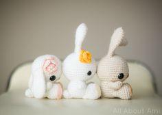 Virkaus. Virkattu pupu ohje englanniksi. Koriste lahja muistaminen tuliainen ristiäislahja joululahja vaunulelu vaunut vauva lapset. crochet spring bunnies