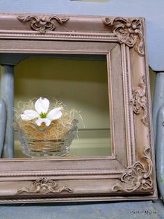 Antoinette with dark wax Chalk Paint® decorative paint by Annie Sloan. paint then strait to dark wax. soft wax to add highlights. Chalk Paint Mirror, Using Chalk Paint, Chalk Paint Colors, Chalk Paint Projects, Mirror Painting, Chalk Paint Furniture, Diy Painting, Memo Boards, Chalk Board