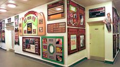 The Cinema Museum features items relating to film production as well as the experience of cinema going. Famous Detectives, Elephant And Castle, London Attractions, Fun Days Out, London Museums, Old Art, Historic Homes, Cinema, Places