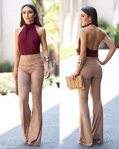 Calça deusaaaaaaaaaaaa e top maravidaaaaa @esmeral_oficial ! Amei muito esse look. Essa calça veste muito bem e é puro conforto! #lalanoleto #esmeral by lalanoleto Fall Outfits, Cute Outfits, Fall Looks, Wide Leg Jeans, Flare Jeans, Bell Bottoms, Casual Looks, Fashion Forward, Ideias Fashion