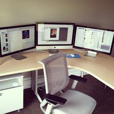 Loving triple Apple monitor setup from @landonmiller. Would love to see photos of what Landon's working on.