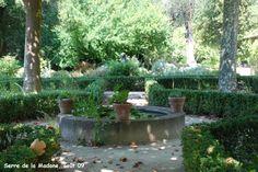Serre de la Madone: jardin à la française
