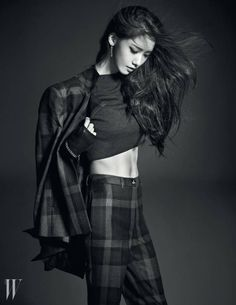 YoonA bares her abs and captures a post-modern look for 'W Korea' | http://www.allkpop.com/article/2014/08/yoona-bares-her-abs-and-captures-a-post-modern-look-for-w-korea
