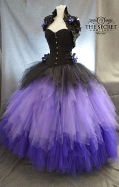 Steampunk - bridal separates-ombre tulle skirt-gothic wedding skirt-tulle skirt wedding-purple and black wedding skirt-long tulle skirt-Skirt only by thesecretboutique Goth Wedding Dresses, Tulle Wedding Skirt, Tulle Dress, Prom Dresses, Tulle Skirts, Tulle Tutu, Dress Lace, Bridesmaid Dresses, Gothic Wedding