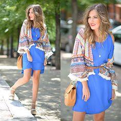 Fashion Pills Dress, Qué Guapa Kimono, Pull & Bear Wedges