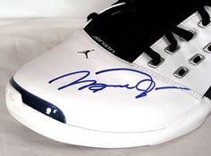 Autographed Jordan Shoes                                                                                                                Ⓙ_⍣∙₩ѧŁҝ!₦ǥ∙