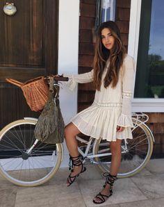 b3760e219fe9 Bohemian style  Με ποια φορέματα θα πετύχεις το τέλειο look!