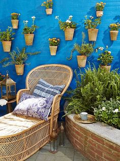 geraniums, rosemary, and marigolds. Aside from being low-maintenance, these plants (along with catnip and citronella) repel mosquitoes! Who doesn't want to keep their chill zone bug-free?