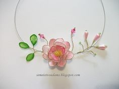 Necklace Wire flowers with nail polish by semeistvoadams.blogspot.com