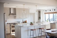 The Best Cabinet Paint Colors - Painted By Kayla Payne Benjamin Moore Light Pewter, Benjamin Moore Kitchen, Benjamin Moore Paint, Best Cabinet Paint, Cabinet Paint Colors, Dark Paint Colors, Interior Paint Colors, Neutral Paint, Gray Paint