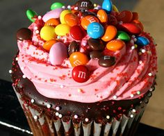 I love the frosting, the sprinkles, and the petite m would use a white cupcake batter though       :)
