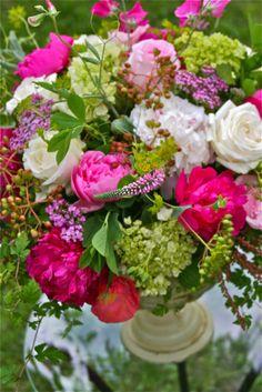 Spring Entry -  Ellen Snyder Floral Design