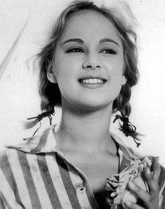 Αλίκη: so beautiful Beatiful People, Old Greek, You Make Me Laugh, Black N White, Beautiful Actresses, Movie Stars, Famous People, Fashion Photography, Cinema
