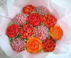 Red and orange cupcake bouquet Orange Cupcakes, Vanilla Cupcakes, Cupcake Bouquets, Beautiful Cupcakes, Dessert Decoration, Freshly Baked, Cake Creations, Celebration Cakes, Cupcake Cakes