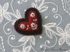 Felt heart brooch for sale