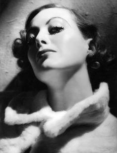 """joaniecrawford: """"Joan Crawford, 1932 """""""