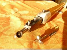 La Belle Note - Telescopic hollowing tool Woodturning Tools, Lathe Tools, Wood Lathe, Note, Wood Turning, Telescope, Can Opener, Woodworking, Knives