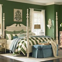 Great emerald green room.  It would look even better w/ a sisal rug and wood roman blinds