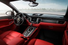The 2015 Porsche Macan's interior is typically Porsche in that there are buttons and swathes of leather everywhere. Looks sweet! See more details and images by hitting the link...