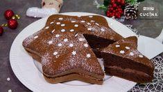 Un dolce di Natale facile e goloso preparato con una base soffice al cacao farcita con una crema alla Nutella.