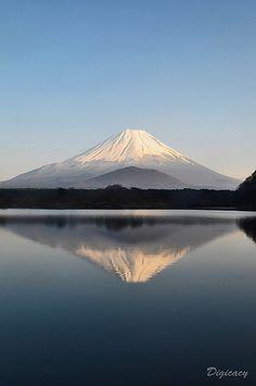 Mount Fuji   逆さ富士 / Sakasa Fuji by digicacy, via Flickr